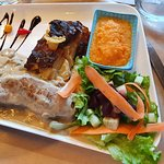 Quasi de veau - Gratin dauphinois - Purée de carotte - Salade