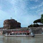 Crucero por el río con paradas libres por Roma y recorrido en autobús opcional