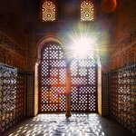 Alhambra special guided tour