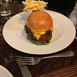 Cheese burger- good bun