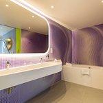 Karim Rashid Suite - bathroom