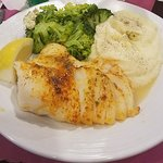 Fresh Broiled Haddock, Homemade Mashed Potatoes & Tender Broccoli