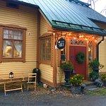 Valokuva: Antiikkikahvila & Teehuone Siiri