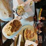 ภาพถ่ายของ Rose's Roadhouse New York Pizza