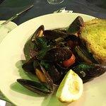 L'aroma - mussels in garlic