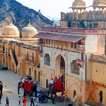 Golden Triangle 04 Day Tour from Delhi included Tajmahal and Amber Fort