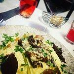 Pluma de porc, sauce foie gras, purée, légumes (26 €)