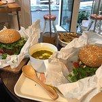 Deux menus Beyond meat burger + side + boisson