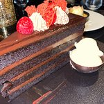 Chocolate layer cake - excellent dessert! (enough for 6 people!)