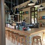 ภาพถ่ายของ Bottoms Up Coffee Phuket
