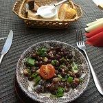 Серый горох с копченостями - очень сытное блюдо, как оказалось