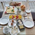 Unser Frühstückstisch: Der Gast als Köing!