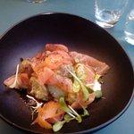 plat du jour : saumon fumé pomme de terre grenailles et sauce à l'aneth