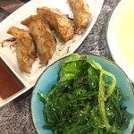 Raviolis et salade d'algues