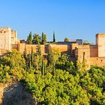 Alhambra and Generalife Private Guided Tour with optional Nasrid Palaces