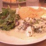 cabillaud,purée, salade.