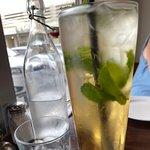Costas Taverna Greek Restaurant and Ouzo Bar照片