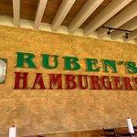 Foto de Ruben's Hamburgers