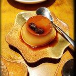 橘色涮涮鍋照片