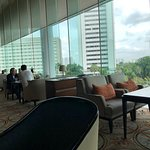 Foto Fountain Lounge Grand Hyatt Jakarta