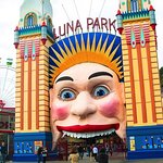 Little Italy & China Town Walking Tour & Visit Luna Park