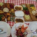 Foto de Three Partners Cafe & Restaurant