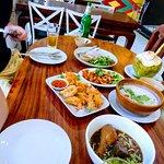 ภาพถ่ายของ Uptown Restaurant