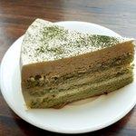 ชีสเค้ก ชาเขียว พนักงานแนะนำสำหรับคนไม่ทานหวาน รสชาติมันๆๆ หวานนิดๆๆ