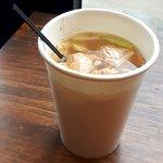 ชาขิงร้อนใส่น้ำเลมอน อร่อยเหมาะกับอากาศหนาว ขอเติมน้ำร้อนได้ฟรี