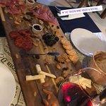 Фотография The Tavern Wine House & Restaurant