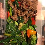 THE MAIN SCOTCH BEEF FILLET STIR FRY WITH 2/3rds OF THE ITEM MISSING!