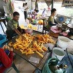 ภาพถ่ายของ ร้าน ชะนิดา ขนมลา