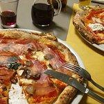 Foto di Pizzeria Mediterranea