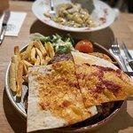 Фотография Cafe Esmer Chef