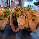 Valokuva: Blue Hound Kitchen & Cocktails