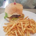 ภาพถ่ายของ Little Green Restaurant