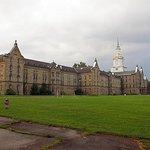 Fire etagers historisk rundvisning i gotisk vanvittigt asyl