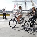 See NYC by Land and by Sea with Unlimited Biking