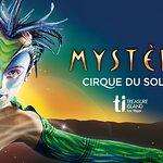 Mystère ™ av Cirque du Soleil® på Treasure Island Hotel and Casino