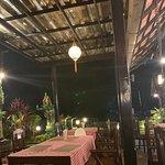 SugarCane Restaurant照片