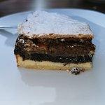 Vodnin layer cake