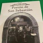 Photo de Porton de San Sebastian