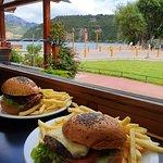 hamburguesa de lenteja y bondiola