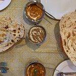صورة فوتوغرافية لـ Family Indian Restaurant