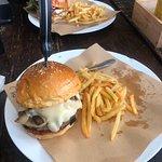 Hippo Burger Bistro의 사진