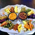 صورة فوتوغرافية لـ Piassa Ethiopian Restaurant