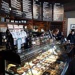 صورة فوتوغرافية لـ Wendel's Bookstore & Cafe