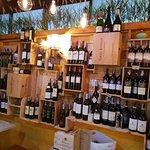 ภาพถ่ายของ Witching Well Restaurant and Wine Bar