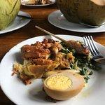Foto Nasi Ayam Kedewatan Ibu Mangku
