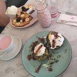 Foto de Rosas Cafe